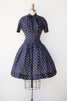 "vintage 1950s navy silk polka dot dress with bow \ measurements | 30"" bust x 22"" waist x 39"" length x 16"" bodice x 13"" sleeve (from shoulder)"