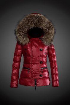 d6b10010a332 2014 Moncler Y 22 fourrure capuche doudoune pour les femmes en rouge  Doudoune Rouge Femme,