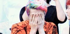 I will forever be obessed with Sehun's hair. When I marry him Im gonna beg him to dye his hair like that again. XD Thank me later! lol ;D