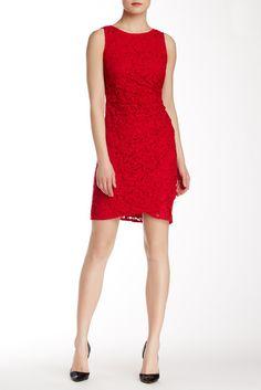 Sleeveless Ruched Side Lace Sheath Dress