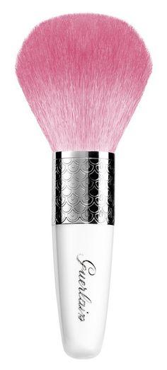 Fancy powder brush