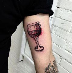 10 Tatuagens de boa safra para amantes do vinho - Tinta na Pele | Tatuagem