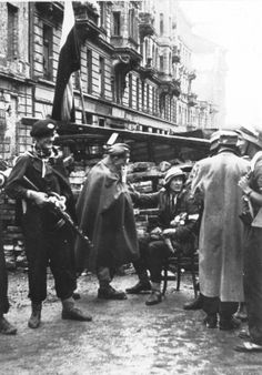 Warsaw rebels near the barricade on Varec street, september 1944 - pin by Paolo Marzioli Warsaw Ghetto Uprising, Poland History, Red Army, Military History, Socialism, World War Two, Diorama, Wwii, Germany