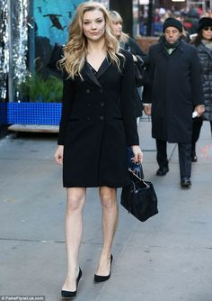 """Natalie Dormer Photos - Celebrities drop by ABC Studios for an appearance on """"Good Morning America"""" on November 2014 in New York City, New York. Pictured: Natalie Dormer - Celebs Say 'Good Morning America' Natalie Domer, Margaery Tyrell, English Actresses, Old Actress, Celebs, Celebrities, Blake Lively, Office Fashion, Ladies Day"""