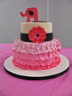 Miranda's Great Finds pink elephant baby shower cake idea