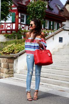 outfit-fringe-jeans-stripes-shirt-prada-bag-red-blue
