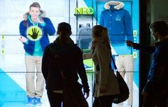 Influencia - Innovations - Adidas lance une nouvelle génération de vitrine interactive