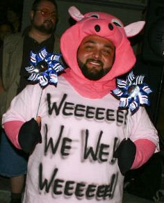 Geico Pig Costume - Love it! ;-)
