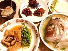 お昼は辛めの韓国料理だったので、 夜は優しい 、和の素材を生かしたお汁です。 - 29件のもぐもぐ - 今日のメインは鯛の潮汁〜‼ by lalanoir