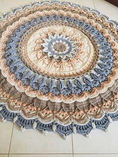Hej, Małgorzata! Nie przegap tych Pinów... - Poczta o2 Crochet Doily Rug, Free Crochet Doily Patterns, Crochet Carpet, Crochet Circles, Crochet Fabric, Crochet Round, Crochet Home, Crochet Designs, Crochet Crafts