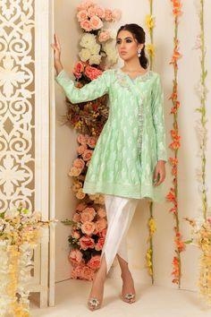 Peplum Shirts, Pakistani Designers, Green Shirt, Pakistani Dresses, Ladies Dress Design, Latest Fashion Trends, Party Wear, Cold Shoulder Dress, Tunic Tops