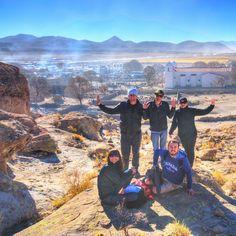 """Um dia Bob Dylan disse que """"a felicidade não está na estrada que leva a algum lugar. A felicidade é a própria estrada"""". Tomamos a liberdade de adicionar que a felicidade são os amigos que fazemos deixamos encontramos e reencontramos pela estrada. - - - - - - - - - - - - - - - @visitargentina @turismojujuy  #Argentina #ArgentinaEsTuMundo #argentina #argentina_ig #argentina360 #argentinaig #VisitArgentina #ArgentinaTrails #PureArgentine #argentinatravel #WorldFriendly #CDVTripJujuy #INPROTUR…"""