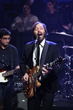 Matt Pond on Jimmy Fallon! Two top dudes on one show? Best night ever. AND he played Love To Get Used, which is my fav track off the new album. So happy! http://www.latenightwithjimmyfallon.com/blogs/2013/02/matt-pond-performs-love-to-get-used/