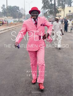 Amazon.co.jp: SAPEURS - Gentlemen of Bacongo: Daniele Tamagni: 本