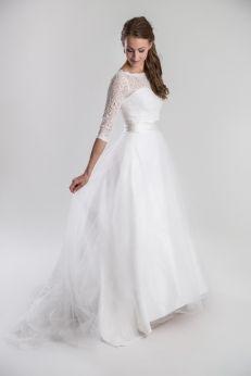 A: Vintage brudklänning i mjuk spets RETRO 254