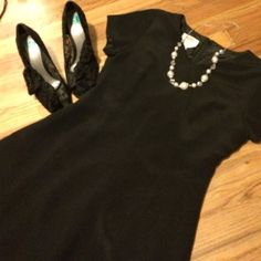Talbots Pure Silk Dress Talbots Silk Black dress. Size 6. Length is 36 inches measured down the middle on the back. Feel free to ask any questions. Talbots Dresses Midi