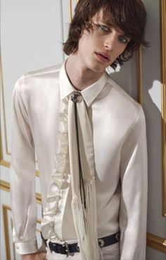 Satin Shirt, White Satin, Face Claims, Formal Wear, Men Dress, Leather Jacket, Mens Fashion, Guys, Stylish