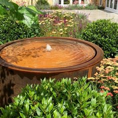 Our Round Corten Steel Round Water Table looks amazing in this garden design by Matthew Childs. A stunning addition to any garden space - check out the rest of our Corten Steel range now! Modern Landscaping, Backyard Landscaping, Prayer Garden, Water Tables, Backyard For Kids, Backyard Games, Water Features In The Garden, Corten Steel, Garden Fountains