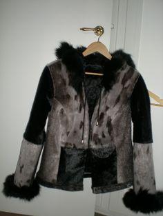 Lige en sælskindsjakke mere :-) Fur Coat, Jackets, Crafts, Fashion, Down Jackets, Moda, Manualidades, Fashion Styles, Handmade Crafts