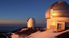 mauna kea observatory on the Big Island Space Phone Wallpaper, Space Fantasy, Sabbatical, Aloha Hawaii, Hawaiian Islands, Big Island, To Go, Science, Snow