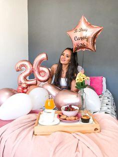 Birthday Goals, Bff Birthday Gift, Girl Birthday, Birthday Girl Pictures, Birthday Photos, 30th Birthday Ideas For Women, Birthday Party Photography, Birthday Balloon Decorations, Instagram