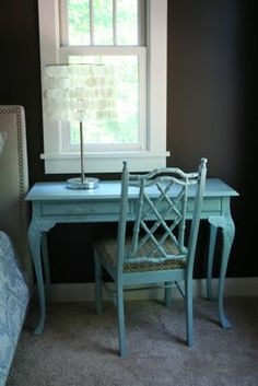 I like the idea of a desk this colour for my spare room makeover
