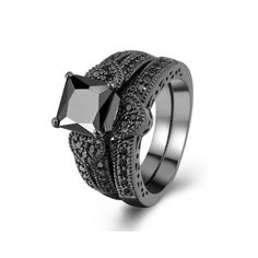 Amazon.com: Zealmer 2 PCS Black Gold Plated Princess Cut Heart Shape Black CZ Cubic Zirconia Halo Bridal Rings Set: Jewelry