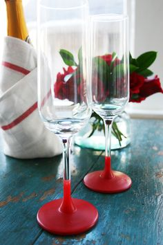 Give glasses a holiday spin with red Plasti-dip! (Christmas and/or Valentine's Day) My Funny Valentine, Valentines Diy, Holiday Crafts, Holiday Fun, Christmas Time, Valentine's Day Diy, Homemade Gifts, Making Ideas, Diy And Crafts