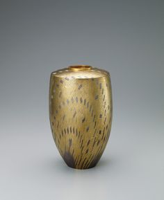 写真:金彩銀花器