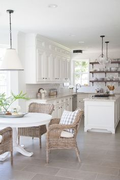 Cool 90 Awesome Farmhouse Kitchen Decor Ideas https://wholiving.com/90-awesome-farmhouse-kitchen-decor-ideas