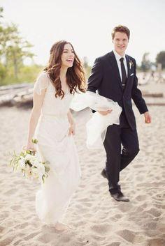 O casamento, tal como a moda, é marcado por tendências que ditam gerações, estilos, momentos únicos e inesquecíveis. Nós fomos saber quais são as tendências para o próximo ano e, para quem está a planear o seu dia de sonho, aqui fica o guia das novidades em que deve investir!