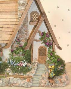 1/48th scale dollhouse by Fern Rouleau