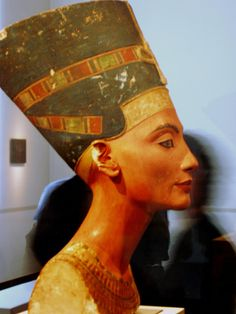 Treasures from Egyptian Museum Berlin - Queen Nefertiti So beautiful..she should be in her homeland....Egypt