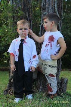 DIY Zombie Costumes - cheap and easy idea with tutorial for blood stained clothes.