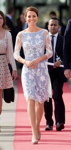 Kate Middleton makes her 4th appearance on the International Best-Dressed List.    32      8