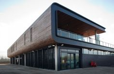 http://www.altitudealuminium.co.uk/lee-valley-white-water-centre-uses-reynaers-aluminium-systems/  When Lee Valley White Water Centre opened its doors for the Olympic canoe slalom events in July 2012, those doors were Reynaers Aluminium Vision 50, designed – like the games – for the highest levels of performance.