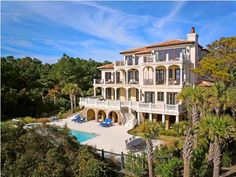 $12,275,000 MLS#1207144 in Kiawah Island, a beautiful home with 2 acres of the beach all to yourself! Click here to view all the stunning features of this home!
