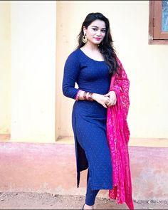 Beauty Full Girl, Beauty Women, Pakistani Party Wear Dresses, Punjabi Dress, Indian Girls Images, Indian Actress Photos, Indian Designer Outfits, Most Beautiful Indian Actress, Indian Beauty Saree