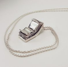 60 Awesome, Creative, and Fun Book Necklaces