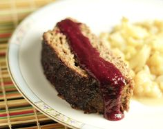Blackberry BBQ Sauce - Dive right into berry season with this sweet and spicy Blackberry Barbecue Sauce. It's great on beef, chicken or pork! Easy Meat Recipes, Primal Recipes, Gluten Free Recipes, Real Food Recipes, Diet Recipes, Tomato Allergy, Nightshade Free Recipes, Allergies Alimentaires, Paleo Sauces