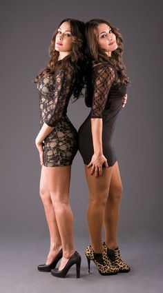 bella twins wwe events  | nikki right and brie 2010 world wrestling entertainment inc all rights ...