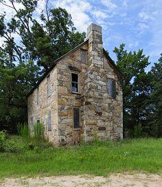 Old Stone House (Winnsboro, South Carolina) - Wikipedia Stone Exterior Houses, Old Stone Houses, Cottage Exterior, Old Houses, Farm Houses, Stone Cottages, Cabins And Cottages, Country Cottages, Country Homes