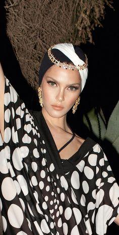 Diva 2014 Black and White Flash Turban / South Beach Swimsuits Turbans, Headscarves, Turban Headbands, Mode Turban, Look 2015, Turban Style, Glamour, Beach Accessories, Bandeau