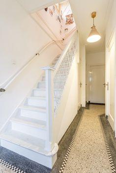 Floor Design, House Design, Amsterdam School, Hallway Inspiration, House Stairs, Entry Hall, Terrazzo, Stairways, Home Renovation