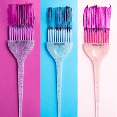 Ultra-Soft Feather Bristles make every color application a breeze. And then there's the glitter, of course! With these vibrant brushes at your side, you can do anything. Hair Salon Quotes, Hair Quotes, Hair Color Brush, Hairdresser Quotes, Brush Background, Beauty Salon Decor, Colorful Feathers, Salon Design, How To Draw Hair