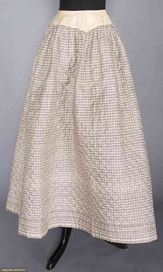 Cream cambric V-shaped & boned W band, brown windowpane on white silk, diamond pattern hand quilting, brown plaid sil. on Nov 2016 Vintage Outfits, Vintage Fashion, Edwardian Fashion, 16th Century Clothing, Vintage Underwear, Clothing And Textile, Historical Clothing, Outerwear Women, Costumes For Women
