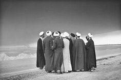 The Photography of Kaveh Golestan Muslim Couple Photography, Old Photography, Photography Camera, Portrait Photography, Iran Pictures, Islamic Pictures, Black And White Love, Black White Photos, Persian People