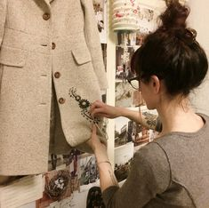 Love this idea for a plain coat/jacket/cardigan