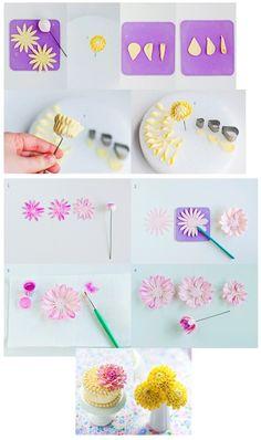How To Make Sugar Dahlias http://lulussweetsecrets.blogspot.fr/2012/09/how-to-make-sugar-dahlias.html