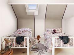 Halb Bemalte Wände, Elternzimmer, Farbe Des Jahres, Färbung Für Kinder,  Streicheffecte, Kaschmirwolle, Braun, Kinderzimmer, Betten